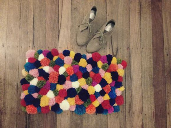 diy rug: i heart pom p... Mariah Carey Merry Christmas Pics