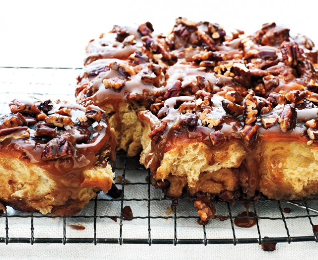 the-ultimate-sticky-buns-529
