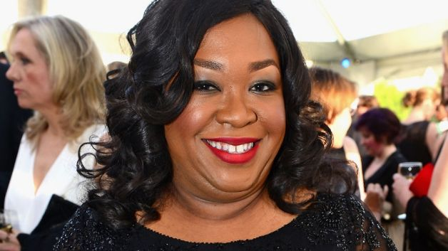 120513-fashion-and-beauty-shonda-rhimes