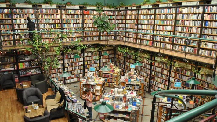 This branch of Mexcian bookstore Péndulo offers a cultivated way to avoid the heat of Mexico City. Customers can leaf through shelves spanning two storeys or sit at the cafe listening to live music.