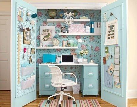 feminine_floral_closet_office