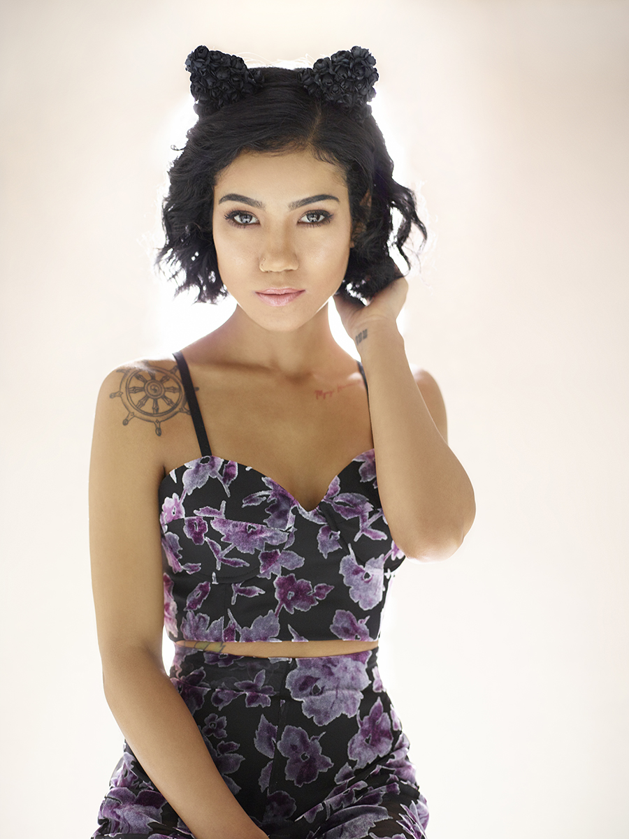 Glam Her Songstress Jhene Aiko Teams Up With Lovers