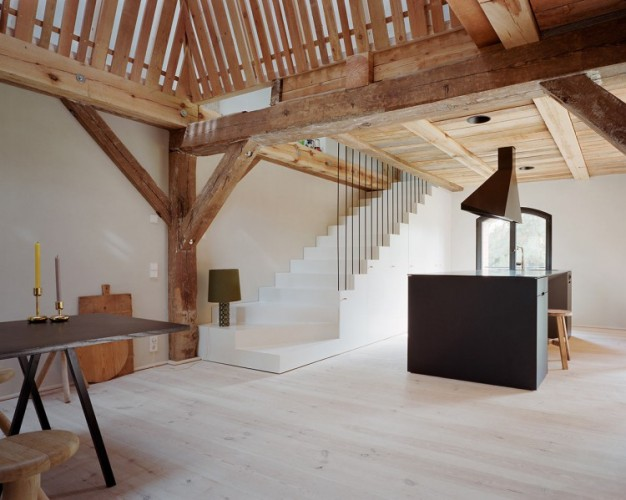 rote-scheune-barn-4-750x599