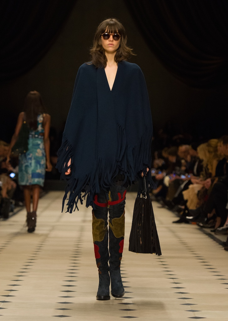 Burberry-Womenswear-Autumn_Winter-2015-Collection-Look-12