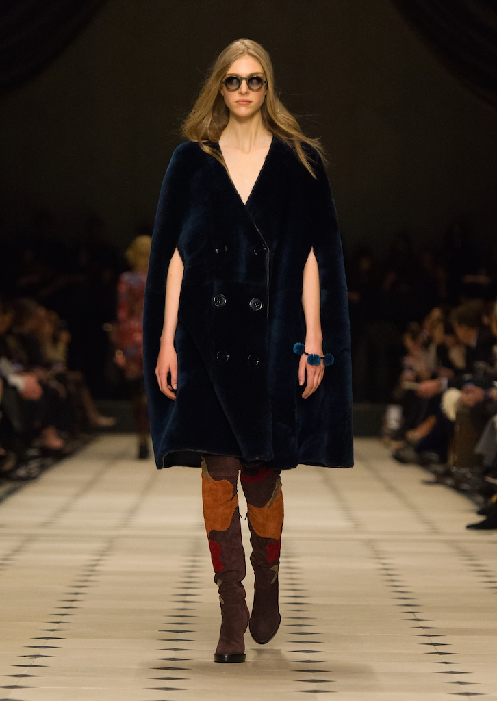 Burberry-Womenswear-Autumn_Winter-2015-Collection-Look-4
