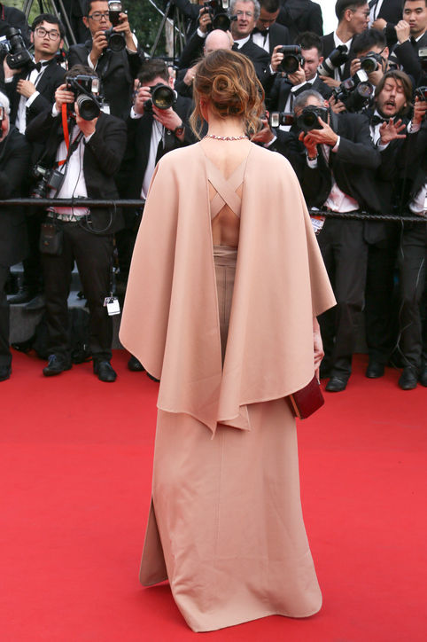 Clotilde-Courau-pink-dress-cannes-2015-h724
