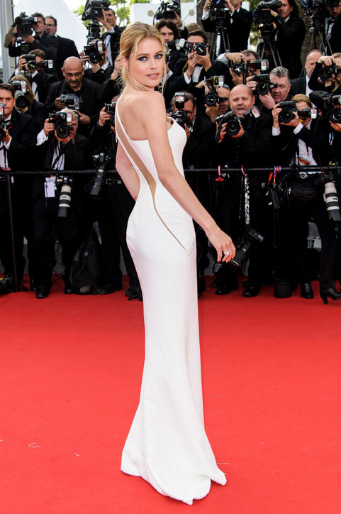doutzen-kroes-white-dress-cannes-2015-h724