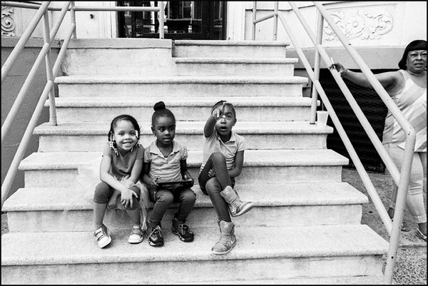 Black-and-white-image-of-Afro-American-children-captured-in-2014-in-Brooklyn-NY