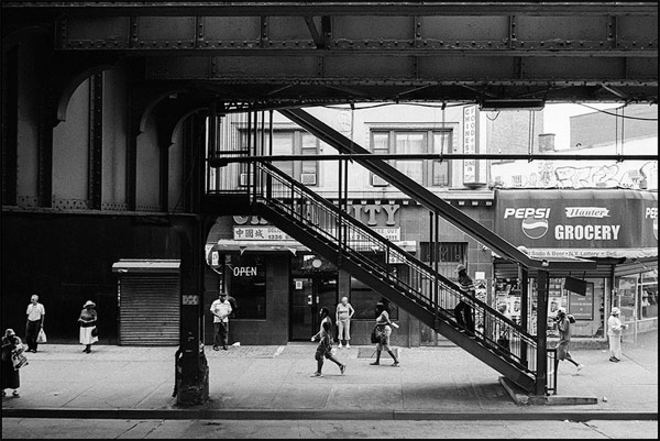 Brooklyn-NY-2014-street-photography-by-Andre-Wagner