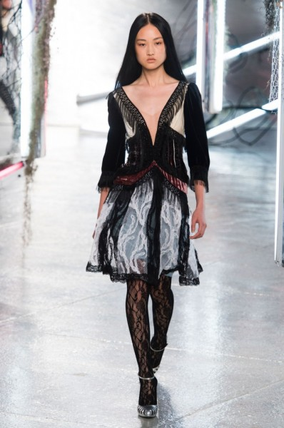 RODARTE-spring-2016-fashion-show-the-impression-19-680x1024