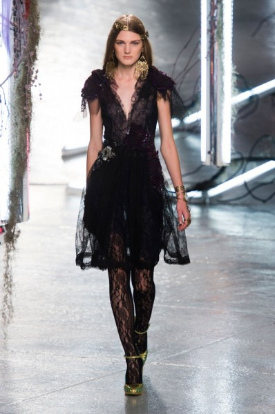 RODARTE-spring-2016-fashion-show-the-impression-27-680x1024