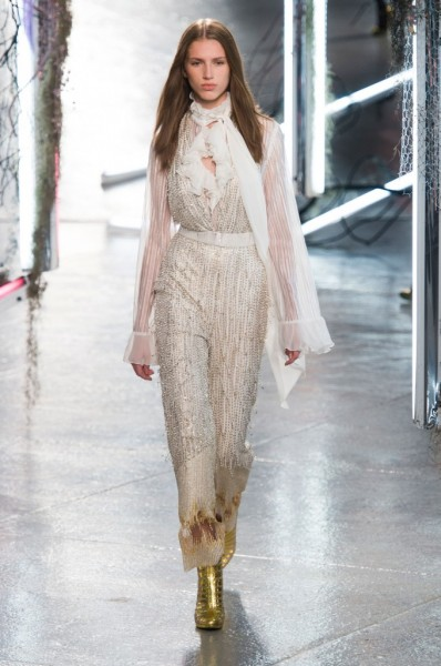 RODARTE-spring-2016-fashion-show-the-impression-29-680x1024