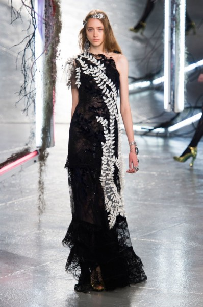 RODARTE-spring-2016-fashion-show-the-impression-35-680x1024