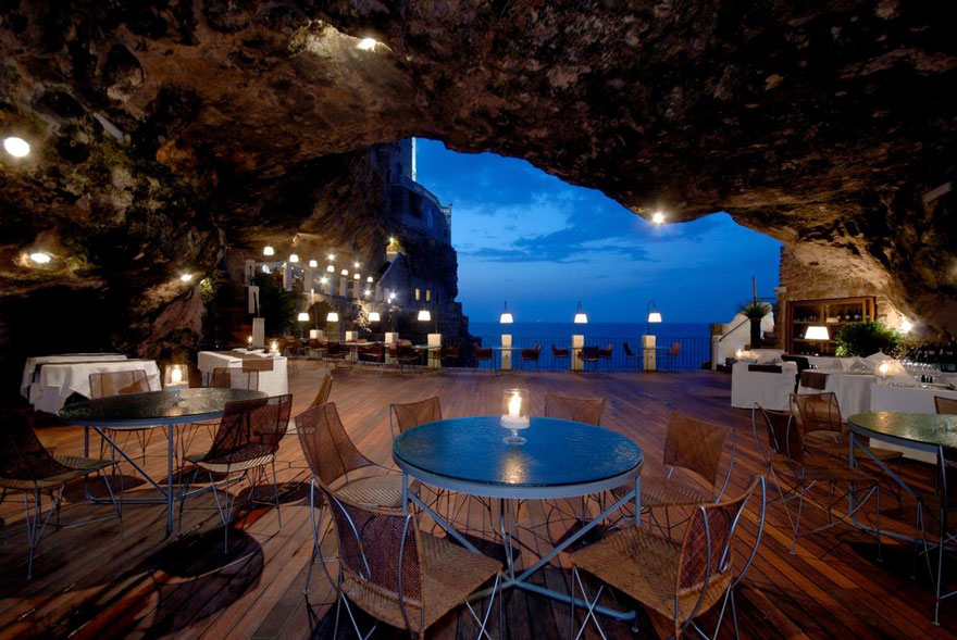 grotta-palazzese-restaurant-in-a-cave-8