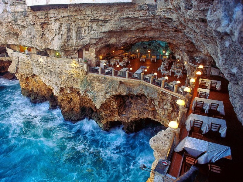 grotta-palazzese-restaurant-in-a-cave