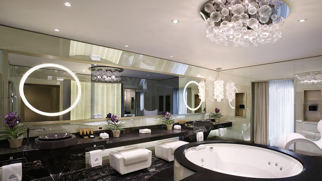 Katara-Suite-Bathroom-Excelsior-Gallia