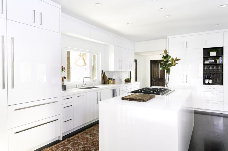 Bright-White-Kitchens-Cabinets-Laurel-Wolf-Jessica-Today-Cococozy