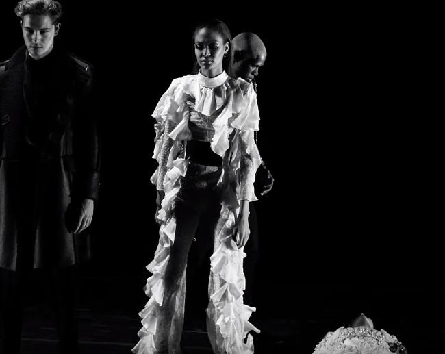 Kanye-West-Wolves-03